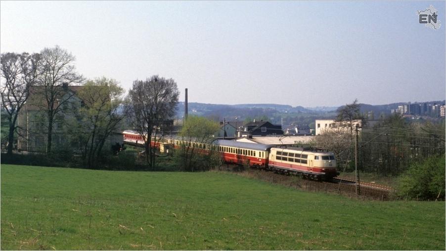 02-AV017658