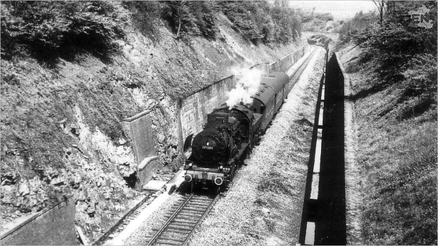 14-BR382366-aus-Ri-Schwelm-vor-Linderhauser-Tunnel-Sauer-1959